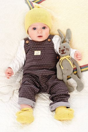 Hat, booties and rabbit knits for a baby girl or boy in yellow and grey