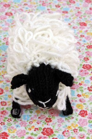 Small knitted sheep toy