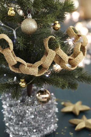 Christmas Chain Decoration Knitting Pattern