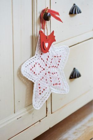 Christmas Star Crochet Pattern - The Knitting Network