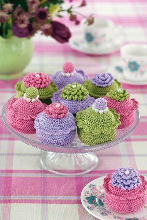 Cupcakes Make Crochet Pattern - The Knitting Network