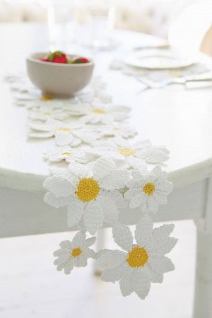 Crochet daisy motif table runner