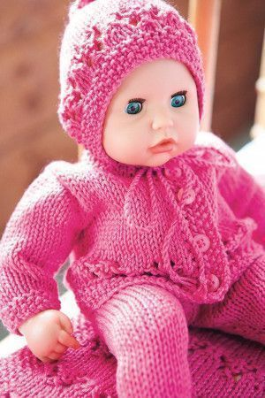 Knitted hat, buttoned jacket and leggings for dolls in pink