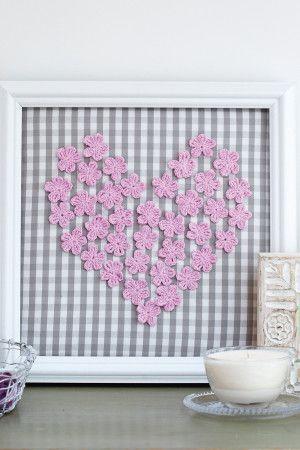 Flower Heart To Frame Crochet Pattern - The Knitting Network