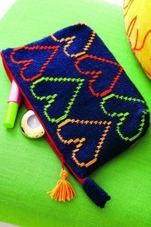 Knitted makeup bag with heart motif