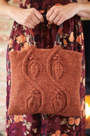 Knitted bag with four leaves in raised design