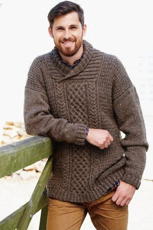 e85d455584fd53 Long and chunky knitted aran jumper for a man with cable stitch
