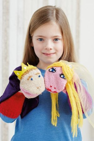 Knitted prince with crown and blonde princess children's puppets with opening mouths