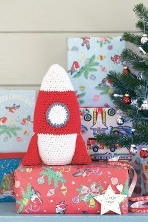 Crocheted rocket toy for kids