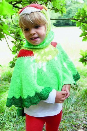 Colour kids' cape with parrot head and wings
