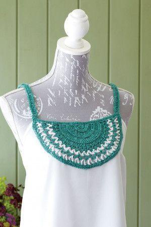 Applique crocheted collar for top