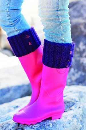 Wellington boot warmers decorated with star buttons