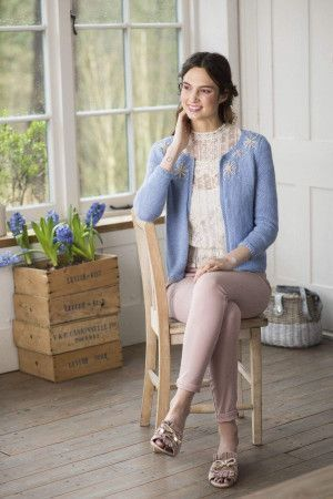 Women's Open Front Edge to Edge Jacket Knitting Pattern