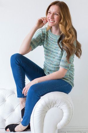 Knitted women's top with cropped sleeves