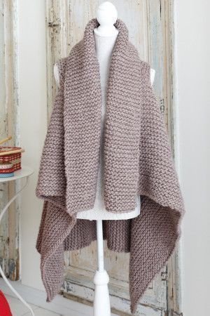 Super chunky knitted ladies' loose gilet with waterfall back
