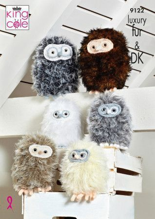 Baby Owls in King Cole Luxury Fur and Dollymix DK (9122)