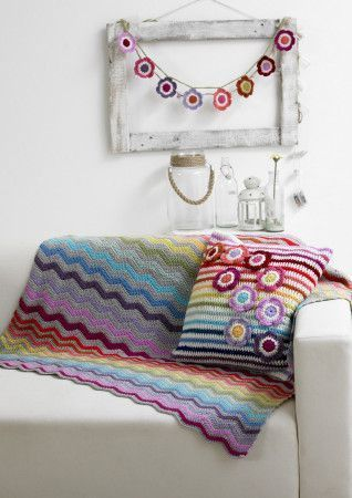 Blanket, Cushion Cover and Bunting in Stylecraft Life DK (9091)