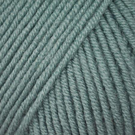 Bashful Blue (3930)