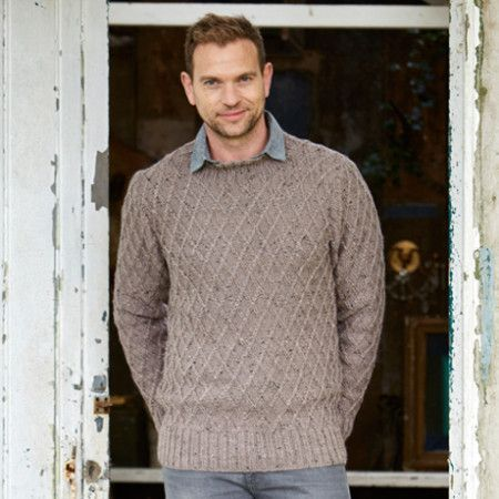 Sweater and Cardigan in Stylecraft Alpaca Tweed DK (9338)