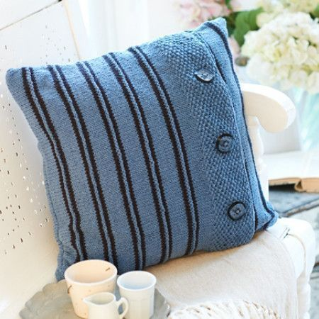 Cushion Cover in Stylecraft Jeanie Denim Look (9402)
