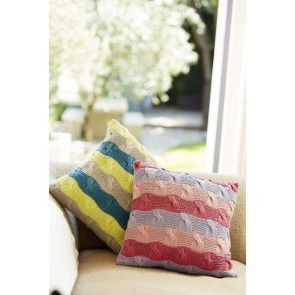 Stripe cushion with cables knitting pattern