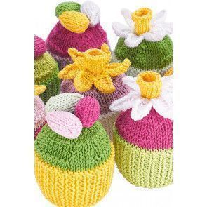 Knitted cupcakes with Easter and spring motifs on top