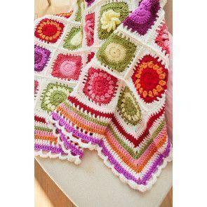 Close-up of our Flower Garden CAL crochet blanket