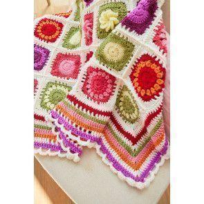 Close-up of our Flower Garden CAL crochet blanket