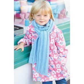 Chunky knitted lace scarf for a little girl