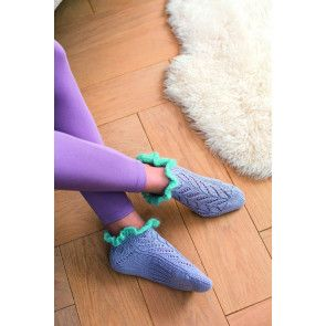 women's knitted socks with frill