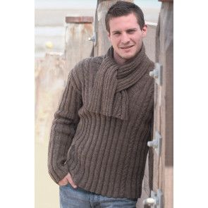 Knitting men's rib and cable jumper with matching scarf