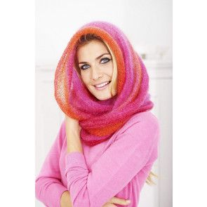 ladies knitted snood in mohair