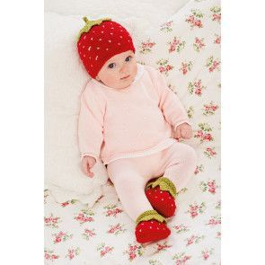 Babies' knitted strawberry hat with stalk and matching booties