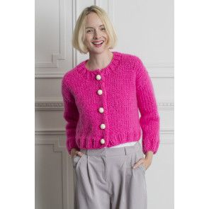 Cropped ladies' cardigan knitted in pink