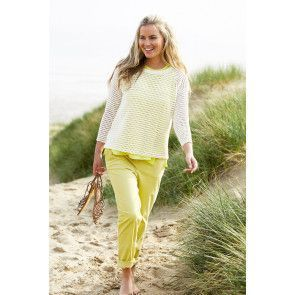 Women's casual knitted top with long sleeves