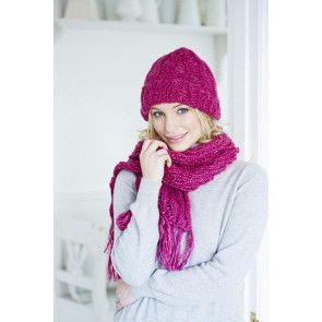 vintage style pull on ladies hat and scarf with fringe knitting pattern