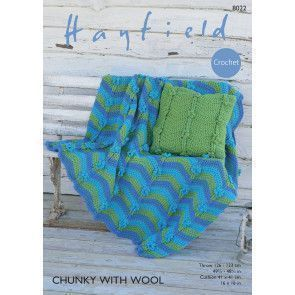 Throw and Cushion Cover in Hayfield Chunky with Wool (8022)