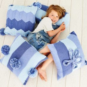 Cushions in Stylecraft Special Candy Swirl (9412)