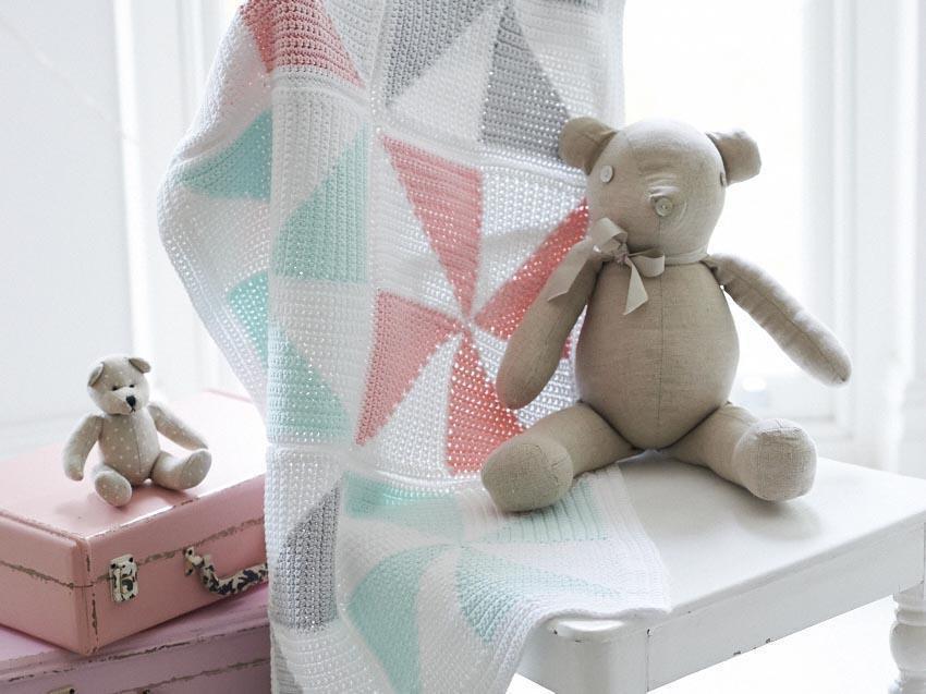 Ice Cream Sundae Blanket Crochet Along