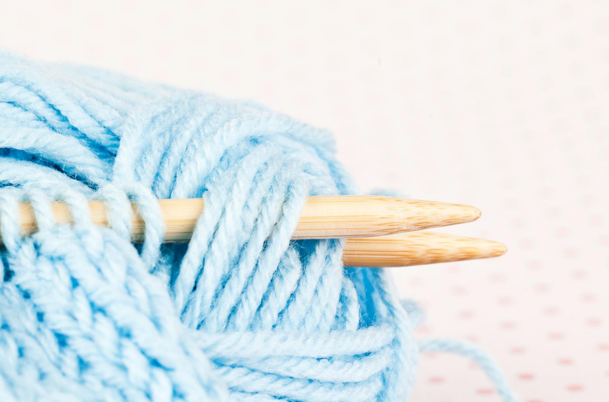 Knitting & Crochet for Lefties - International Left-Handers Day!