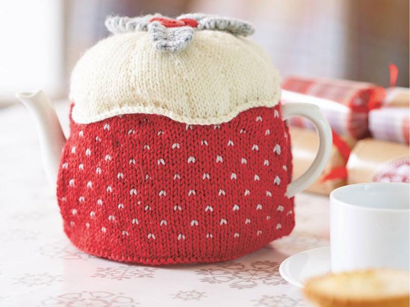 Make Christmas decorations with our knitting and crochet patterns