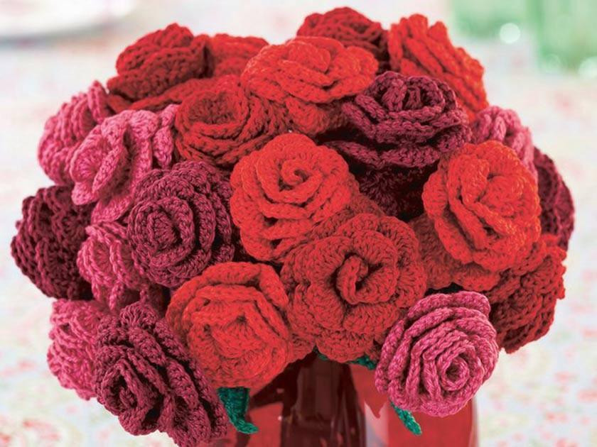 Valentine's Day: Romantic gifts to knit and crochet