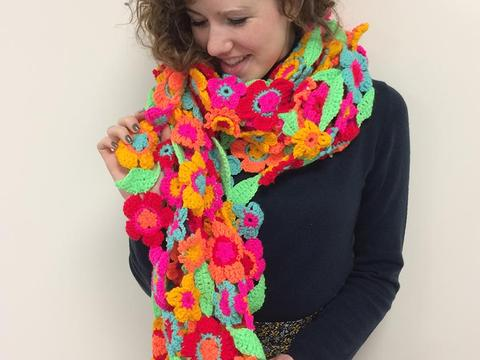 BB CAL scarf