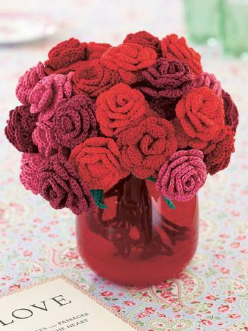 Rose bouquet crocheted